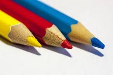 Bút Chì Làm Bằng Gỗ Gì