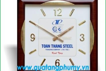 Có nên in logo lên đồng hồ treo tường làm quà tặng doanh nghiệp không?